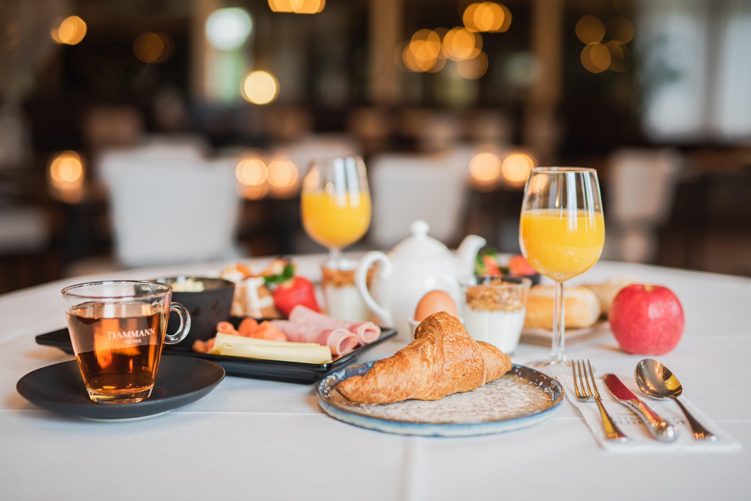 ontbijt met de inhoud van de duinhoek ontbijtbox.